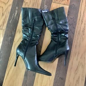 Herstyle knee high boots